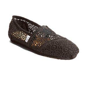 Toms Black Cochet Slip on Shoe Classic NEW
